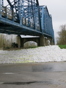 Sandbags reinforce a levee in Meredosia