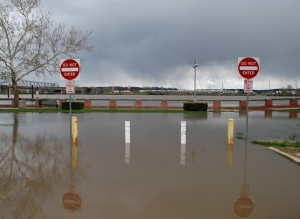 IDOT IL River Flood Pic